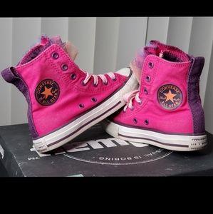 Girls High Tops Converse!!